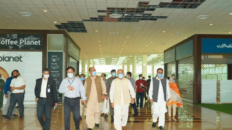 Islamabad airport ceiling continues to leak despite 'notices'