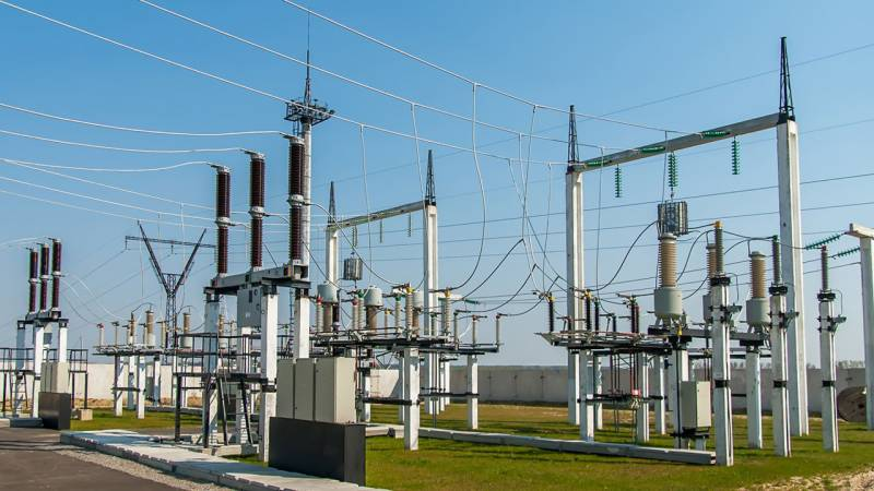 Federal, provincial governments owe power companies Rs1095b