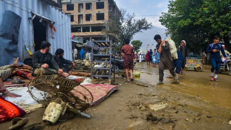 Death toll from Afghan flash floods climbs to 100: ministry