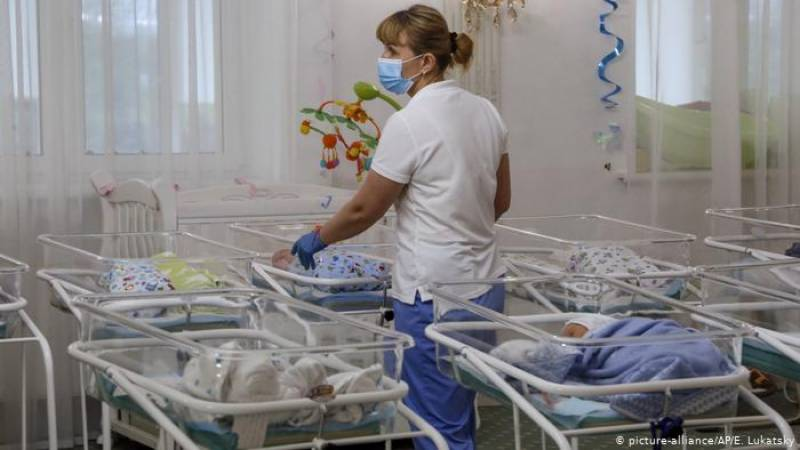 Thirty babies born to surrogates stranded in Russia