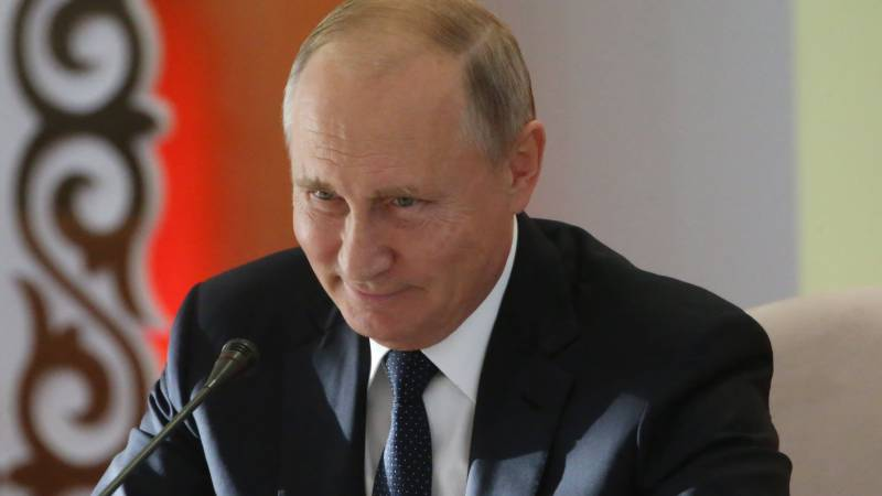 Putin urges all sides to 'find way out' of Belarus crisis