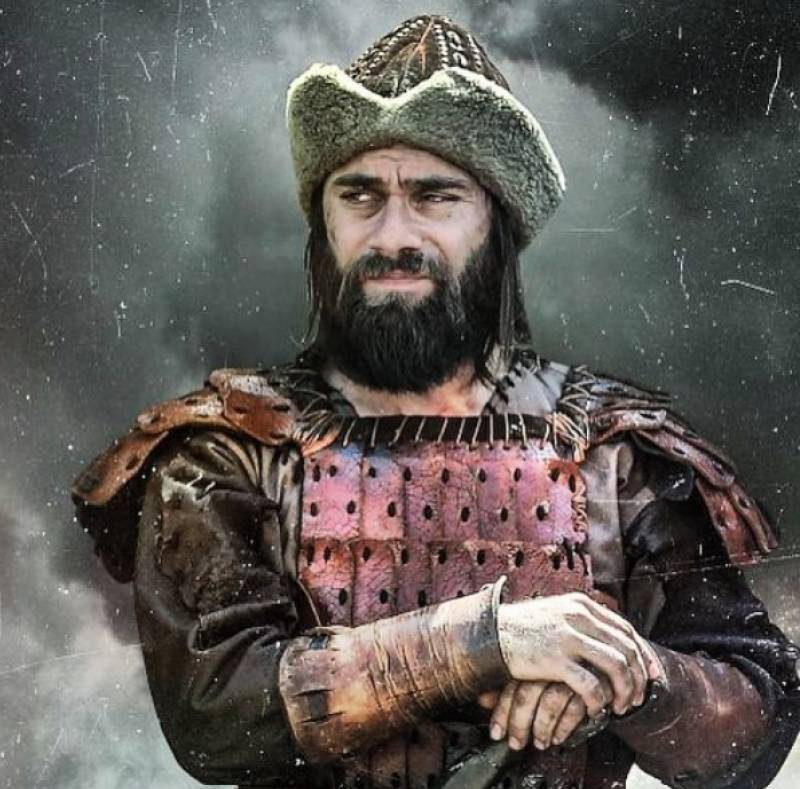 Pakistani lawyer tries to hoodwink Ertugrul actor Cavit Çetin aka Dogan Alp