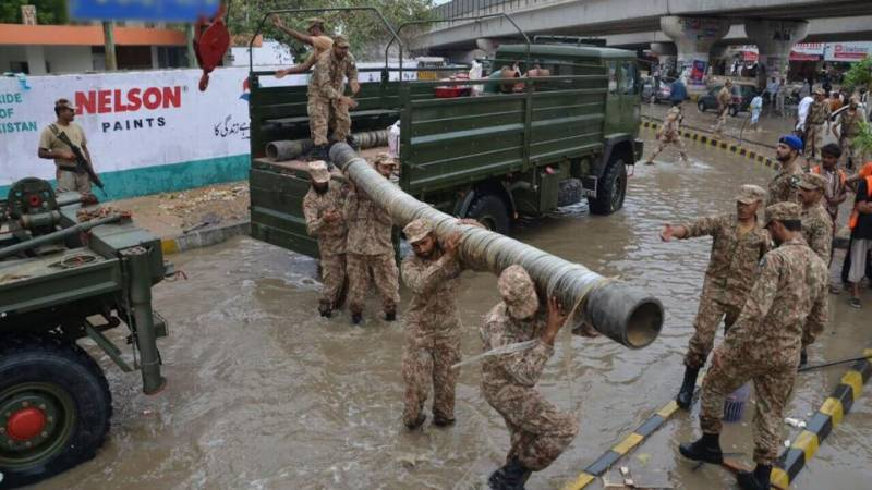 Army, Navy continue relief operations in Karachi