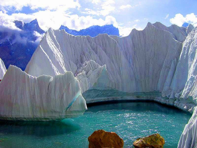 Climate change fuels sharp increase in glacier lakes including in Pakistan