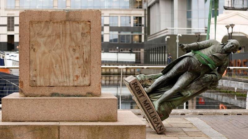 City of London reviews monuments linked to slavery