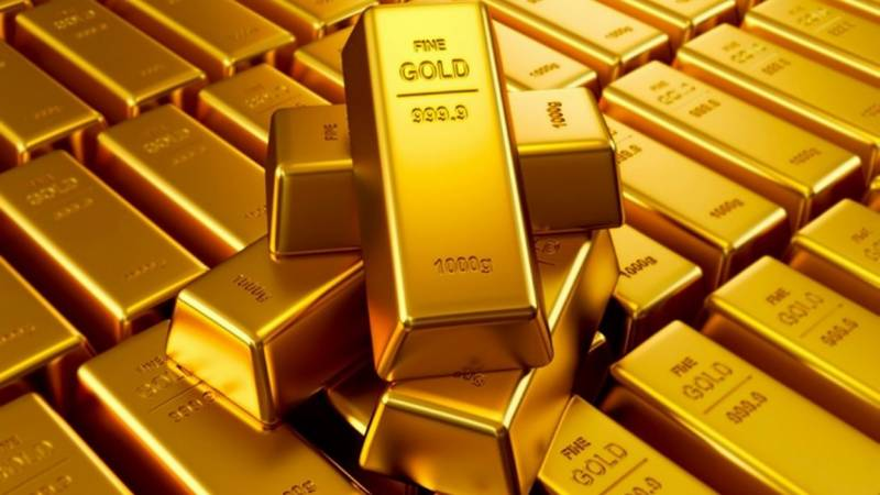 Gold price crashes in Pakistan