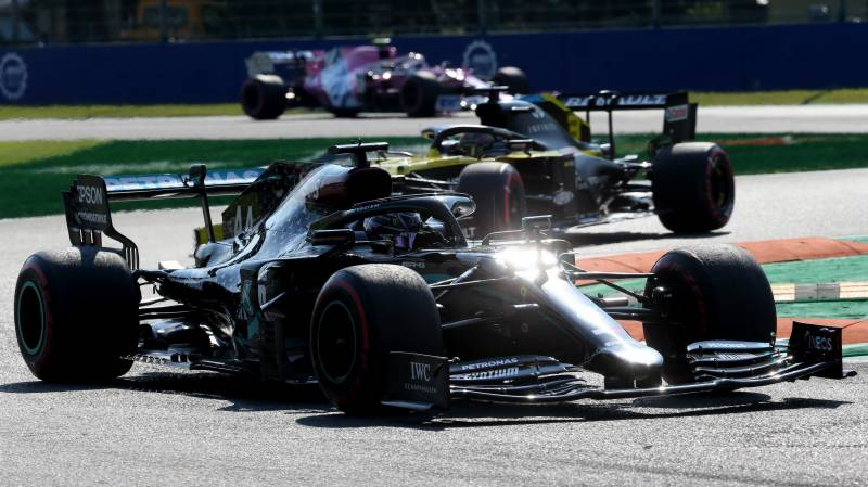Eight drivers summoned by Monza stewards over Hamilton near-miss