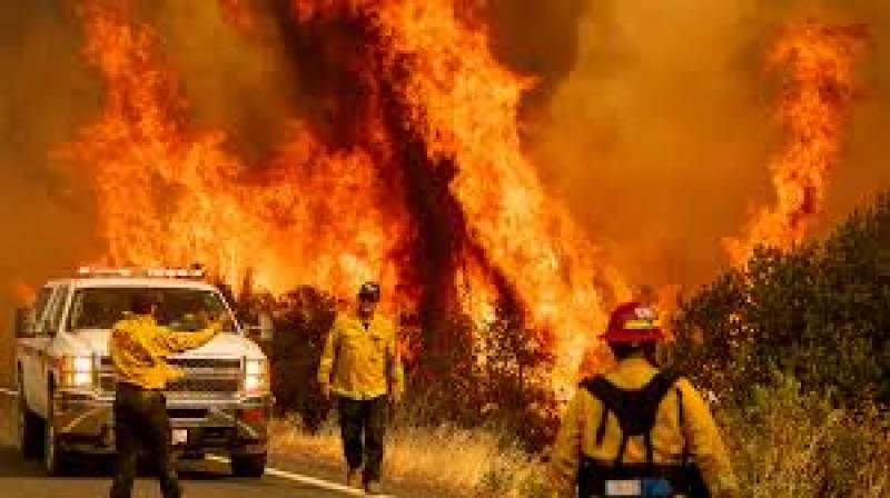 California braces for record-setting heatwave, more fires