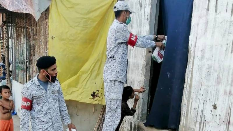 Pakistan Navy post-flood relief assistance continues in Sindh