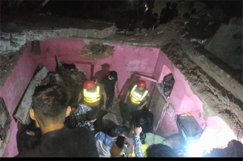 Six dead in Lahore as neighbour's wall falls on adjacent house