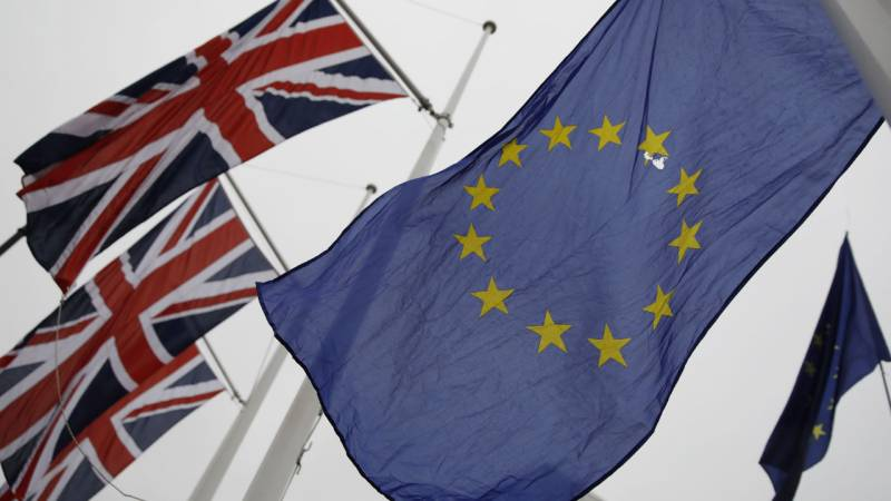 EU says issues ultimatum over UK Brexit bill