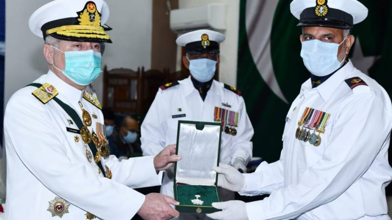 Naval chief confers military awards on outstanding personnel