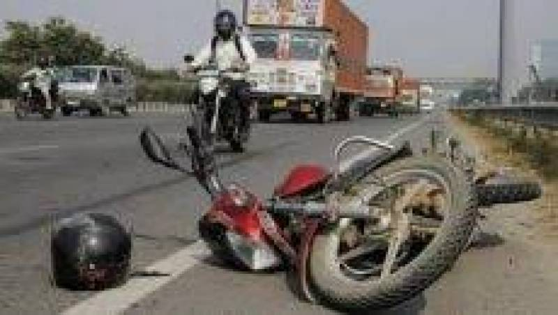 Three killed as trailer crushes motorcycle in Sahiwal