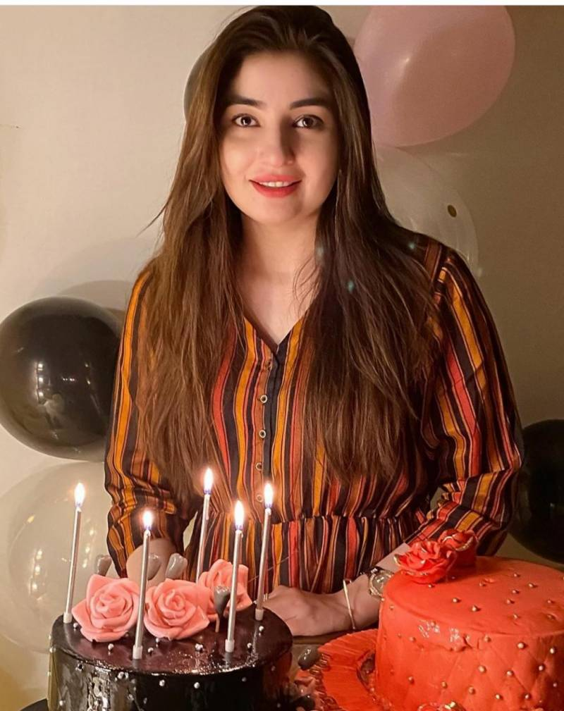 Singer Gul Panra celebrates birthday with family