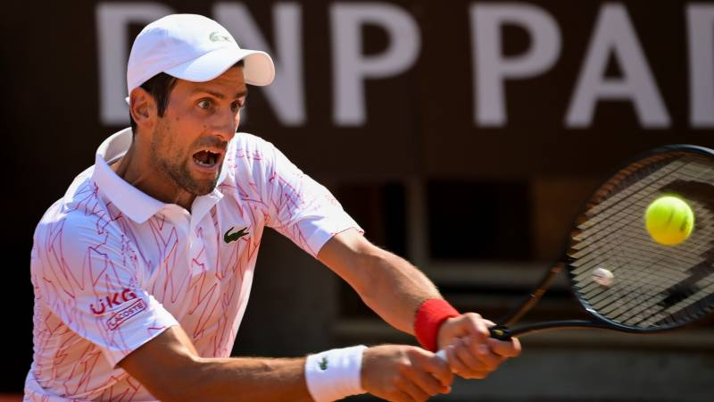 Djokovic through to Italian Open third round