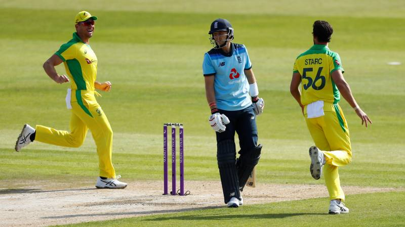 England bat against Australia in ODI decider as Smith misses out again
