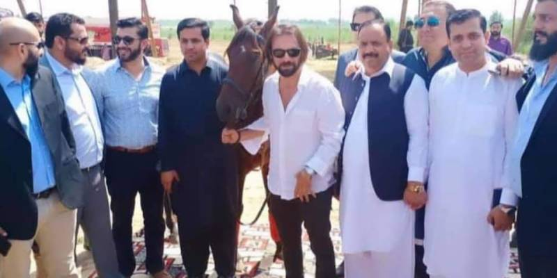 Ertugrul actor Dogan Alp pictures riding horse in Islamabad go viral
