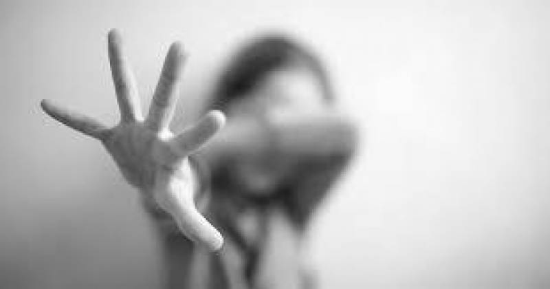 Girl commits suicide after raped by landlord in Bahawalpur