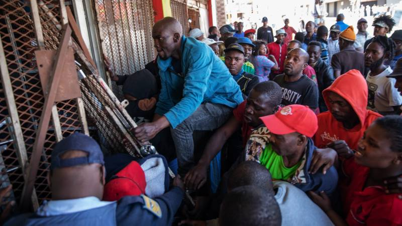 Foreigners 'live in constant fear' in South Africa: HRW