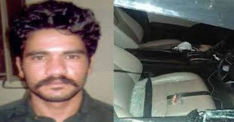 Prime accused in motorway gang-rape case narrowly escapes
