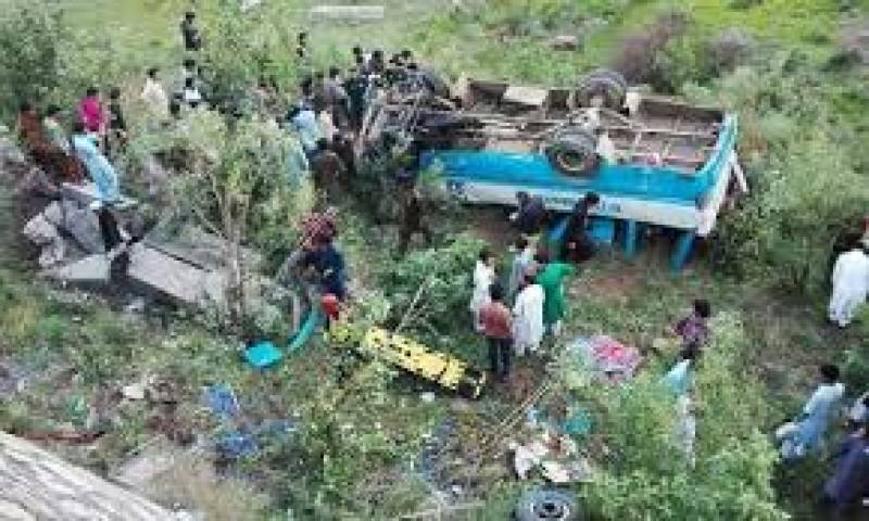 Five die as passenger coach falls into gorge in Chakwal