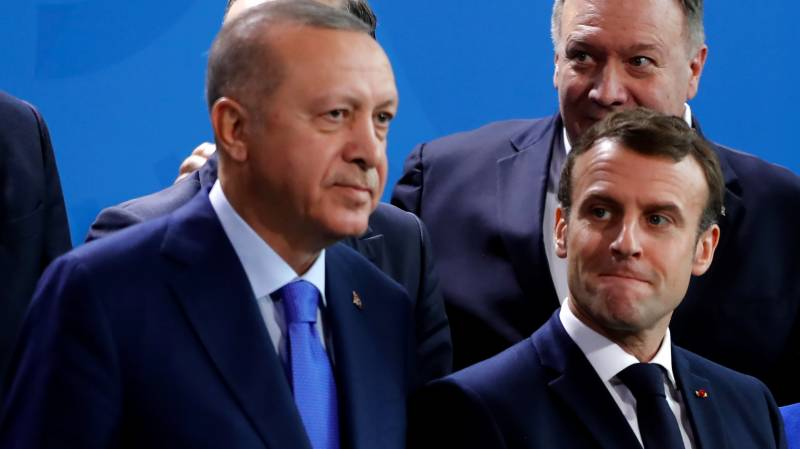 Macron to hold telephone talks with Erdogan on Med tensions: French presidency