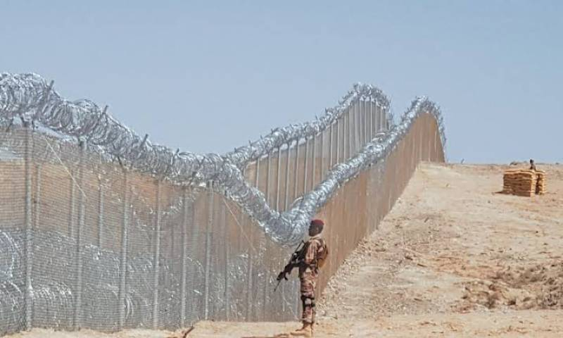 Pakistani soldier martyred in firing from across Afghan border