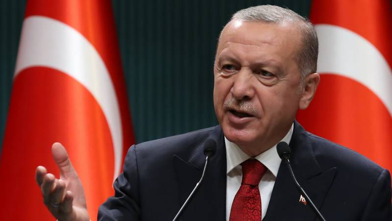 Erdogan urges Greece 'not to waste chance' for diplomacy