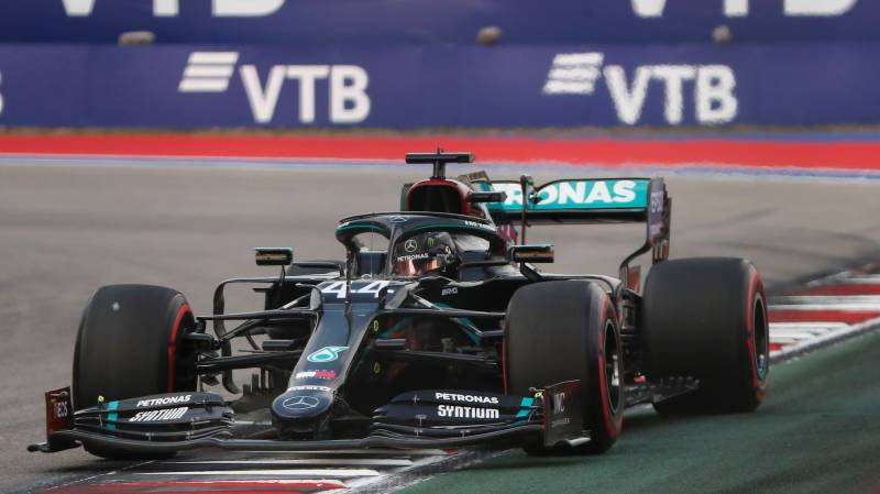 Hamilton takes Russian Grand Prix pole after 'horrible' qualifying