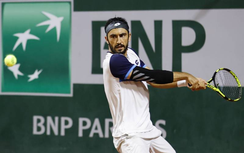 Giustino tops Moutet in six-hour French Open marathon