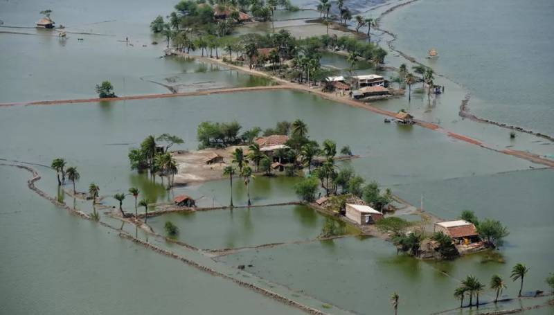 300 million delta dwellers vulnerable to cyclones, flooding