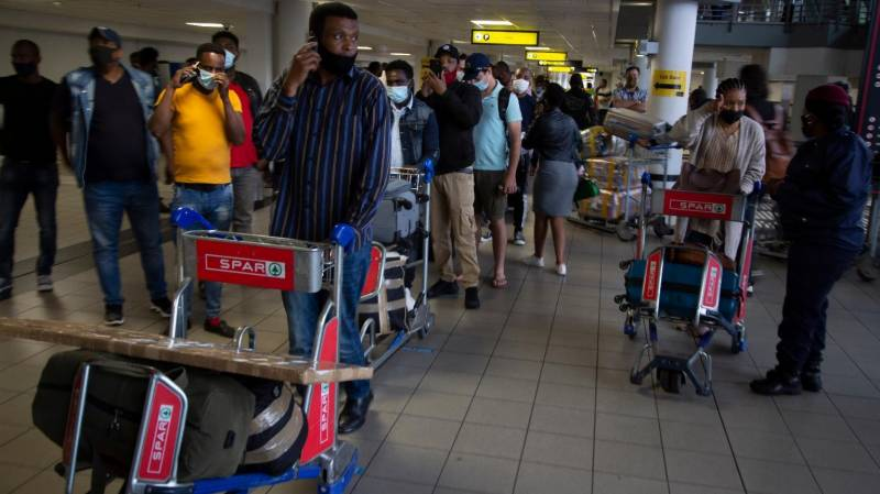 Celebrations in S. African airports as borders reopen