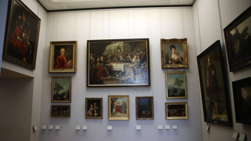 France to hand back paintings looted by Nazis