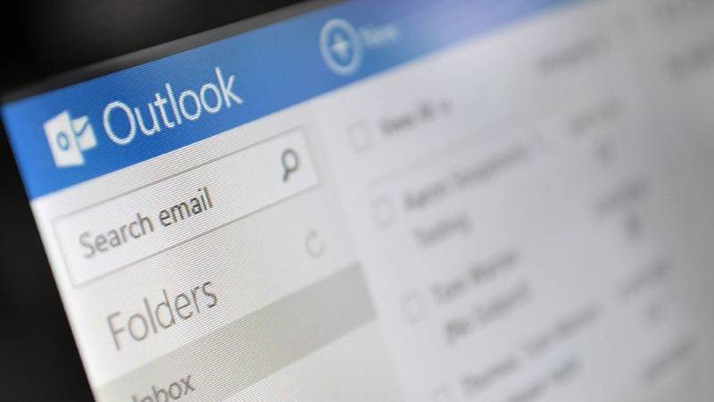 Microsoft Outlook email service hit by worldwide breakdown