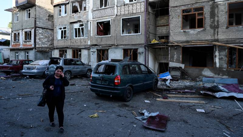 Heavy fighting over Karabakh after main city shelled