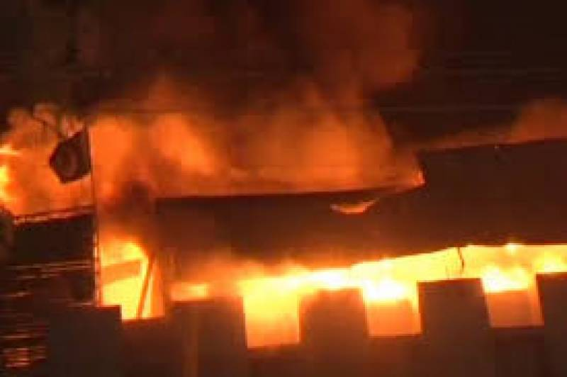 Garment factory catches fire in Gujranwala