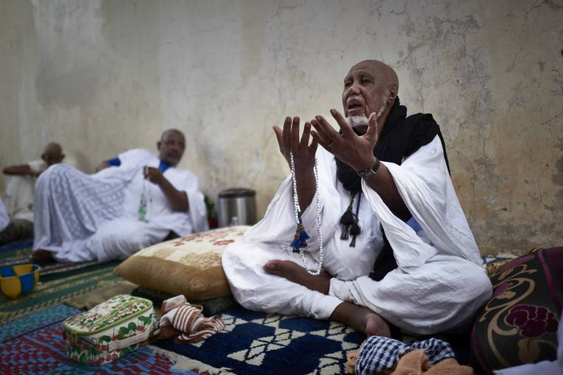 Sufi pilgrims to converge on Senegal's holy city despite virus