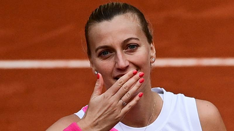 Kvitova back in Roland Garros semi-finals after eight years