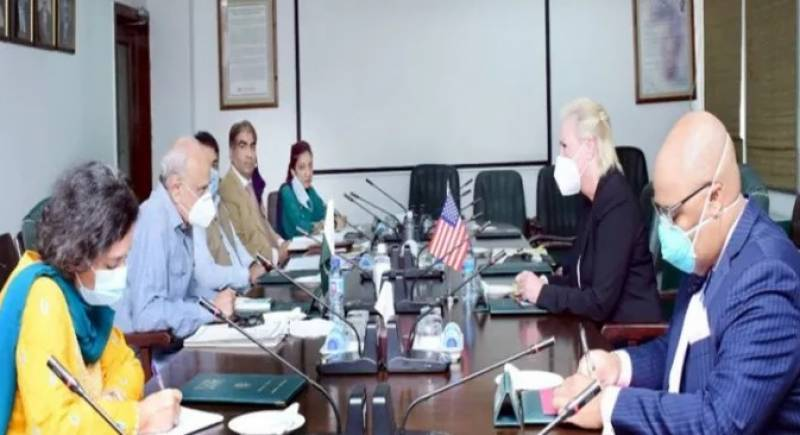 Interior Minister Ijaz lauds US offer to boost bilateral ties