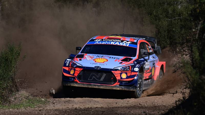 Sordo grabs lead in Rally of Sardinia