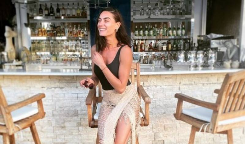 'Ertugrul' actress Hande Subasi trolled for wearing revealing clothes