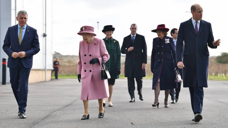 After months at home, Queen visits Novichok lab