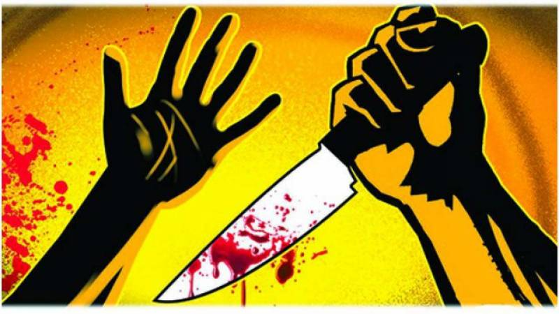 Newlywed man stabs wife to death, attempts suicide