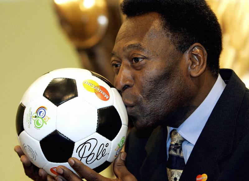 Nearing 80, Pele says happy to be 'lucid'