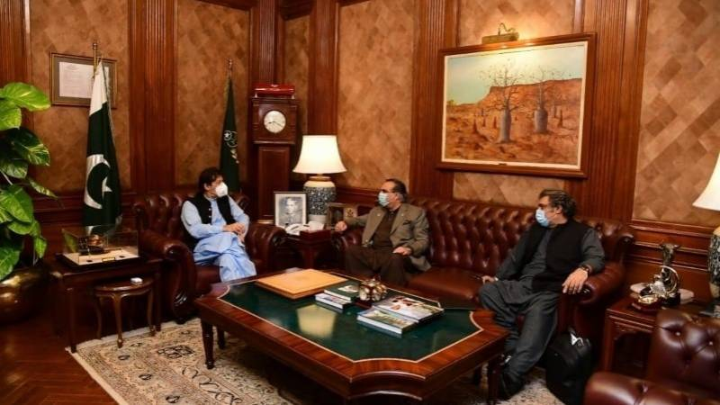 PTI Sindh MPs discuss development projects with PM