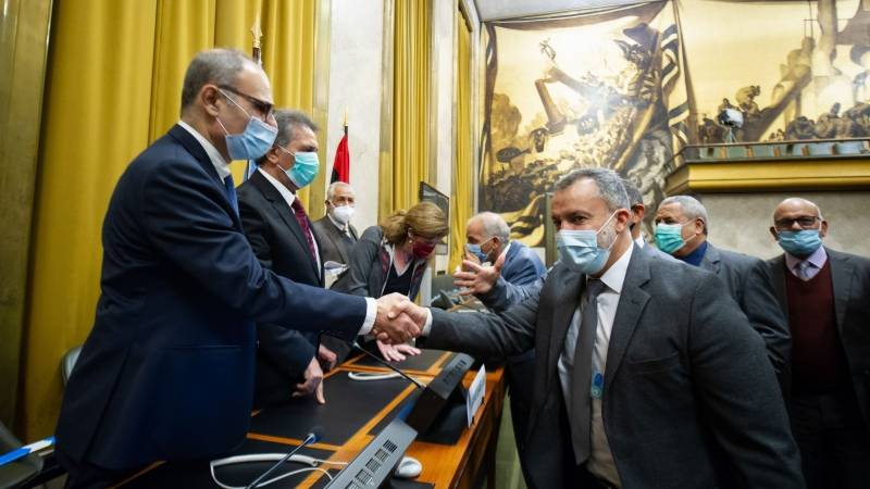 Military rivals meet in Libya for peace talks
