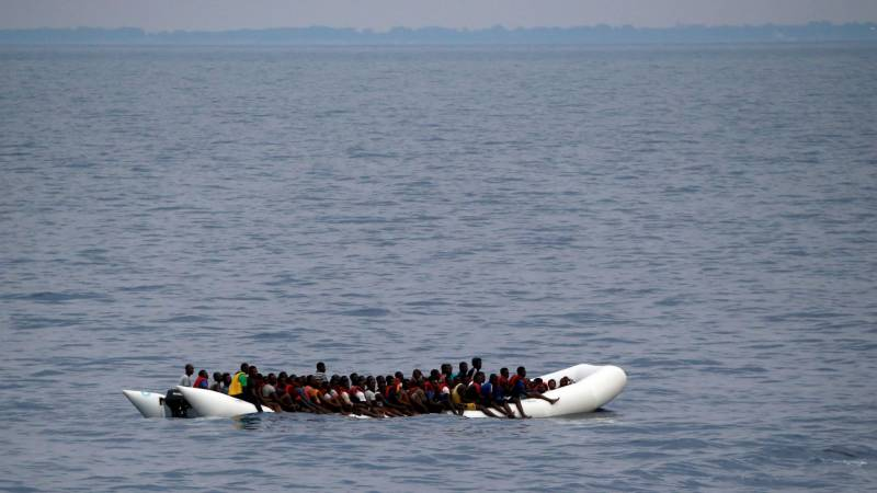 Dozens feared drowned after boat capsizes off Mozambique