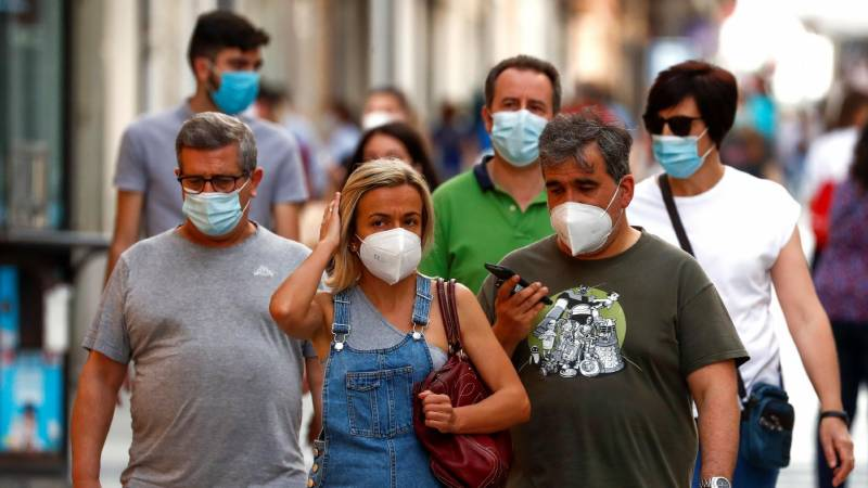Ukrainians face fines for refusing to mask up