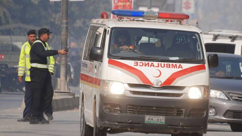 Three of a family die in road accident in Layyah