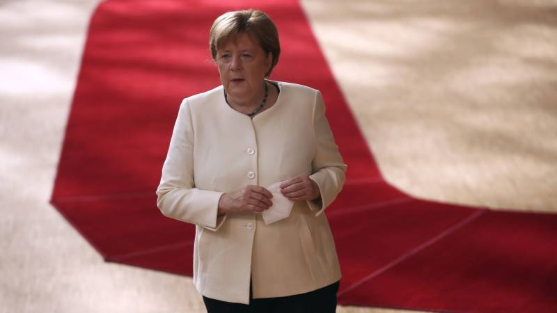 Man charged with spying for Egypt while working for Merkel